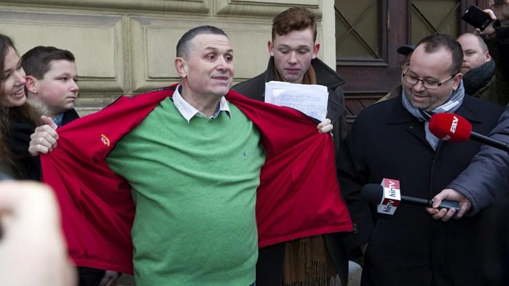Két év tíz hónap börtönre ítélték GalambosLajost