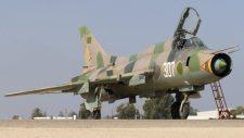 A terroristák lelőttek egy szíriai vadászgépet Idleb fölött, a pilóta fogságba esett (képek,videók)