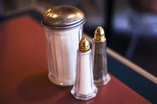 A cukor öl meg gyorsabban és hatékonyabban, vagy a só?