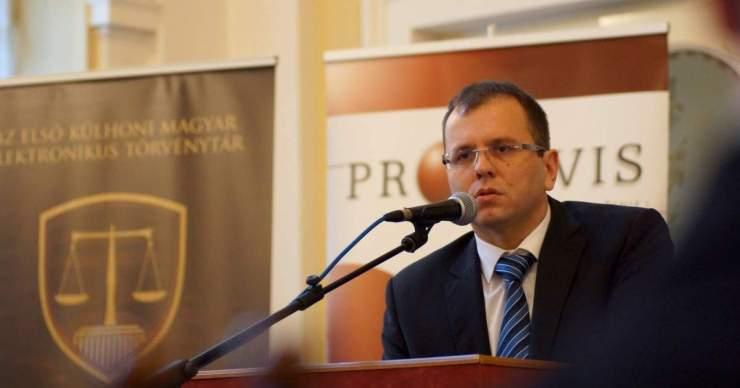 Szűnjön meg a szlovák nyelv felülrendeltsége!