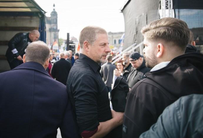 Német neonácival rendez konferenciát a magyar külügy