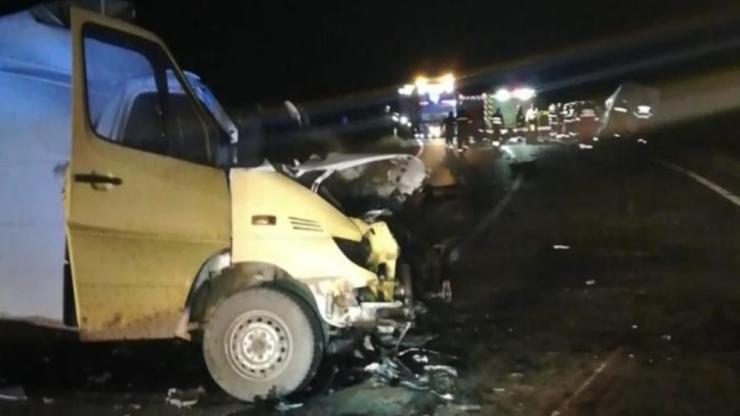 Maros megye: két személy meghalt hárman megsérültek egy székelyvajai balesetben