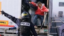 Kezd betelni a pohár a francia rendőröknél: nem finomkodnak már az illegális bevándorlók hordáival