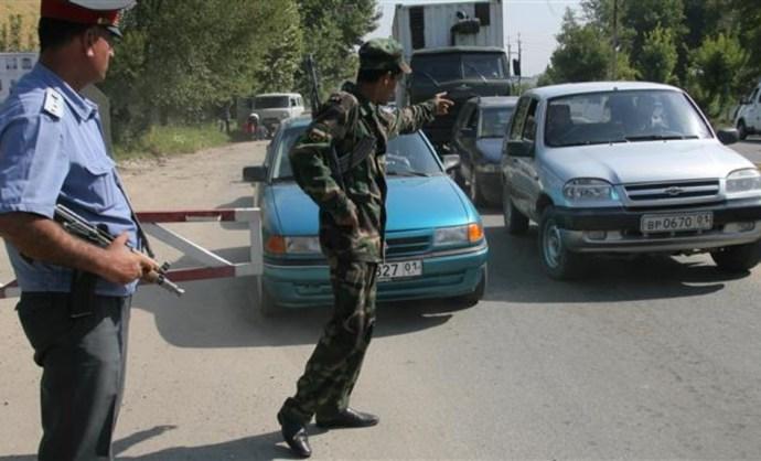 Hajsza indult a turistákat halálra gázoló autós ellen, agyonlőttek két embert a rendőrök