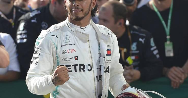Lewis Hamilton elfogadhatatlannak nevezte az LMBTQ-törvényt