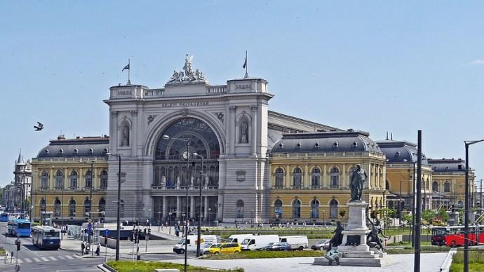 Újabb budapesti pályaudvaron volt gond a jegypénztárral