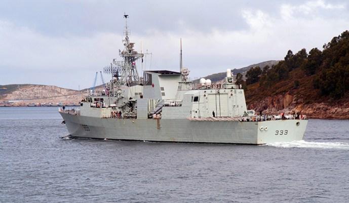 Orosz vadászgépek újból ráijesztettek a NATO hajóira a Fekete-tengeren