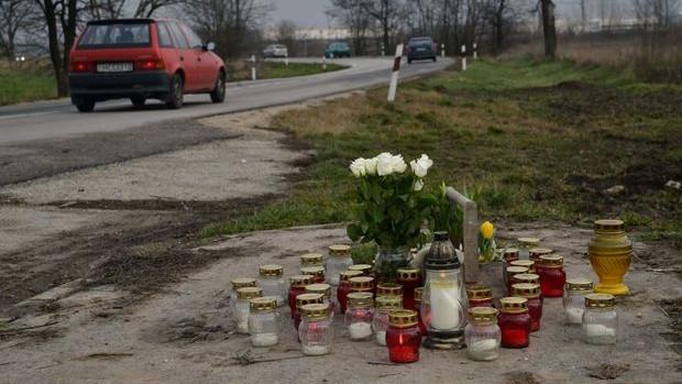 Átok sújt egy családot Győrszentivánnál