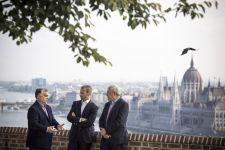 Orbán fogadta a főszotyist