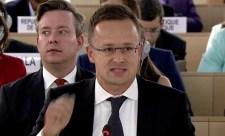 A francia miniszter csak az igazat mondta, Szijjártó gőgös hisztivel reagált