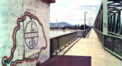Az újpesti polgármester kiállt a MÁV-val szemben a hazafias graffiti ügyében