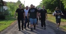 """Egy """"szélsőjobboldali"""" mozgalom kellett, hogy rendet tegyen Medgyesegyházán a román cigányok között"""