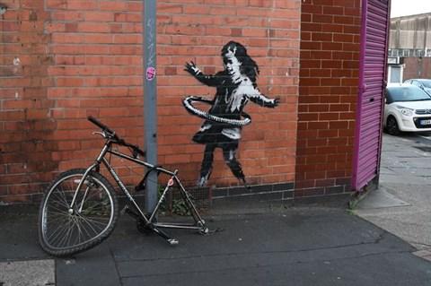 """Banksy """"vállalta magára"""" nottinghami házfalon feltűnt graffitit"""