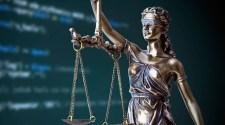 A büntetőügyek 40%-a per nélkül lezáródhat, bárkit lehallgathatnak gyanú nélkül is – íme az új szabályok