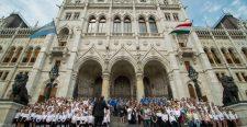 A határon túli magyarság is az egységes magyar nemzet része