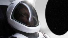 Elképesztő űrruhát mutatott be Elon Musk