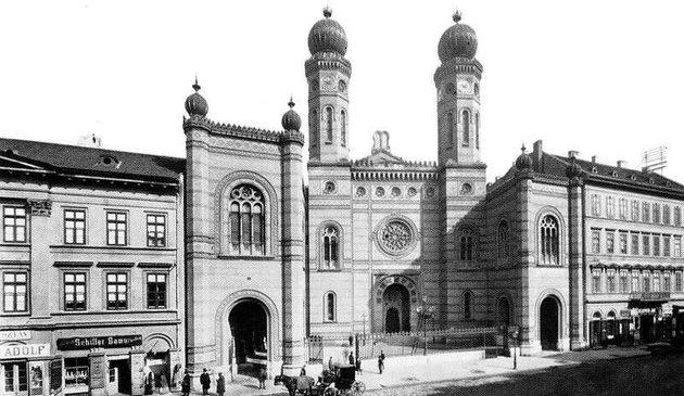Vallástól függetlenül képviseltette magát Pest előkelősége a Dohány utcai zsinagóga felavatásán