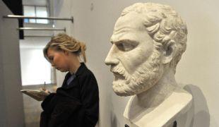 Szenzációs felfedezés: Nagy Sándorhoz köthető sírt találtak