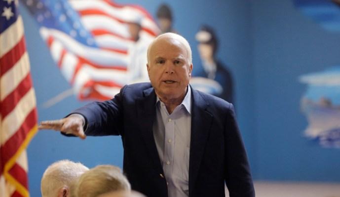 McCain szenátor felszólította az Egyesült Államokat, hogy ne használjanak orosz rakétamotorokat