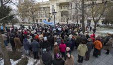 """""""Fidesz, benyaltál a Jobbiknak?"""" – A nekik nem tetsző dolgok betiltásáért tüntettek a toleránsok"""