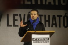 Vona: Ez a magyar demokrácia halálos ítélete