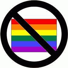 Kimondani az igazságot nem homofóbia – a buziparádé megnyitóján is szórólapoztak hazafiak