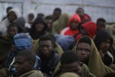 Juncker Líbiából legális utat akar nyitni onnan Európába