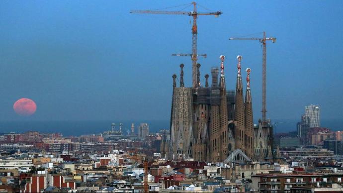 Engedély nélkül építették 130 éven át Barcelona fő látványosságát