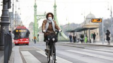 A bicikli csak ürügy a forradalmi izgágáskodásra – vita