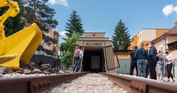 Átadták az Alexander-tárót a Rozsnyói Bányászati Múzeumban