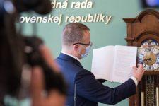 Boris Kollár nemcsak plágiummal, hanem ellenszolgáltatásért szerezte a titulusát?