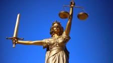 Alkotmányjogász: a rendkívüli jogrendben sem szünetel az Országgyűlés működése