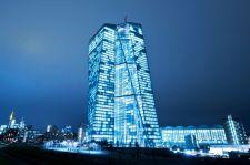 Döntött az EKB: jó hír a görögöknek