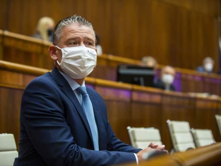 Mikulecet nem sikerült leváltani: Hogyan reagált az ellenzék és a Sme rodina?