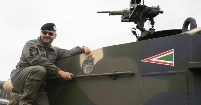 Münchenben bemutatkoztak az első magyar Leopard tankok – Képgalériával