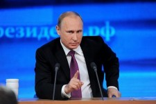 Putyin: Washington okolható a menekültválságért