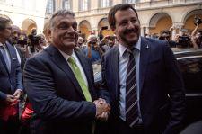 Orbán Berlusconi barátjától kért engedélyt, hogy beszélhessen Salvinival, aki az ő hőse