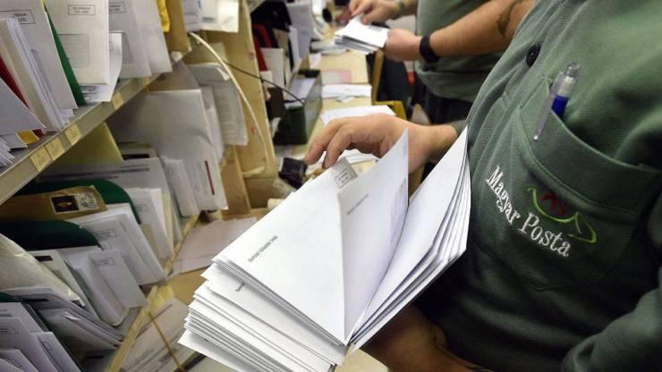 Toboroz a Deutsche Post: bruttó 757 ezer forintos fizetéssel várják a magyarokat, végzettség sem kell