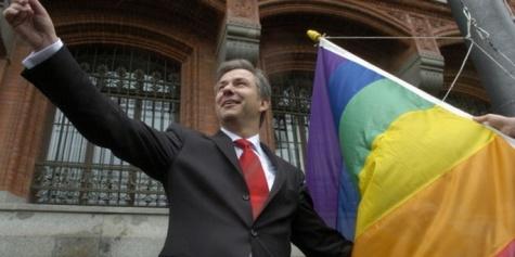 Lemondott Berlin főpolgármestere – a német fővárosban már csak a buzik szerették