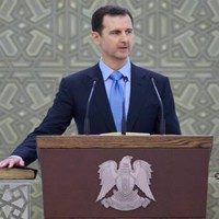 A franciák többsége támogatja Assad elnököt – Párizsban oroszbarát tüntetést tartottak