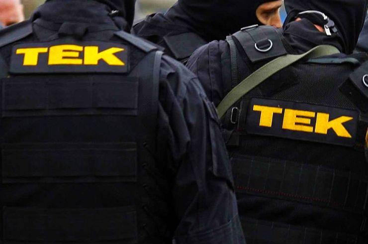 Dühöngő gyilkost tett ártalmatlanná a TEK mesterlövésze