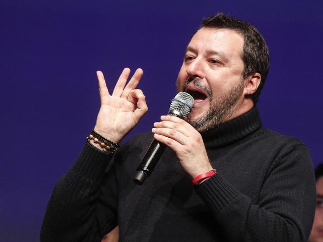 Salvini: elég volt az Európai Uniótól kapott pofonokból
