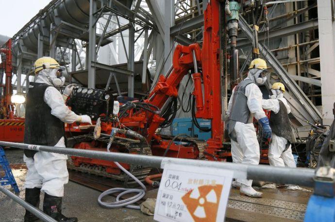 Fukusima: sokan halnak meg a sugárzás elől menekülők közül