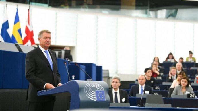 Sógor és Tőkés is beolvasott Johannisnak az Európai Parlamentben rendezett vitán