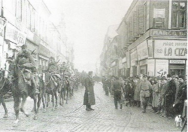A nap, amikor magyar megszállást hozott a Mikulás Bukarestnek