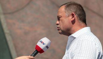 Megszakították az ATV adását a botrányos Szanyi miatt