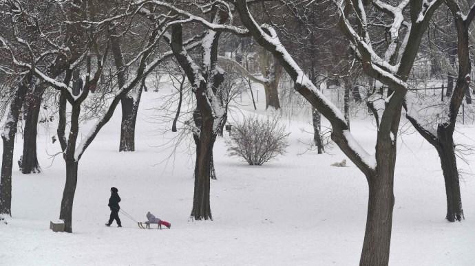 Hó alá kerül a fél ország – óriási a készültség