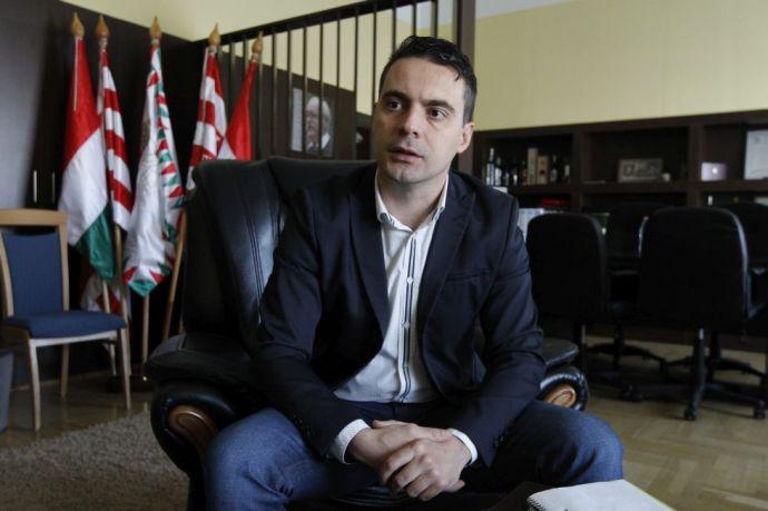 Nyugat felé fordulna a Jobbik