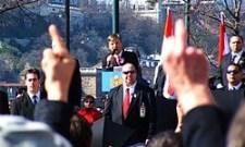 Az SZDSZ-hez, hazánk leggyűlöltebb pártformációjához kötődik ezer szállal a Soros-szervezet