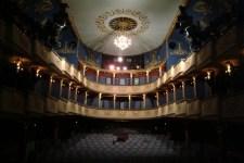 Dörner György és az Újszínház zaklatása